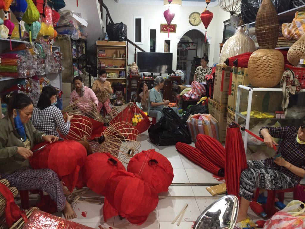 Lồng đèn Việt xuất khẩu - Đèn lồng Hội An 57 bà Triệu, Hội An